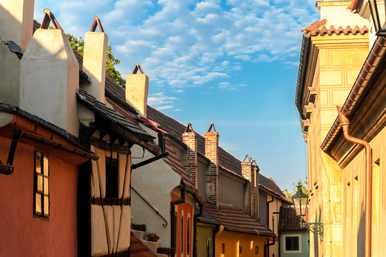 Como es el Callejon del Oro en Praga