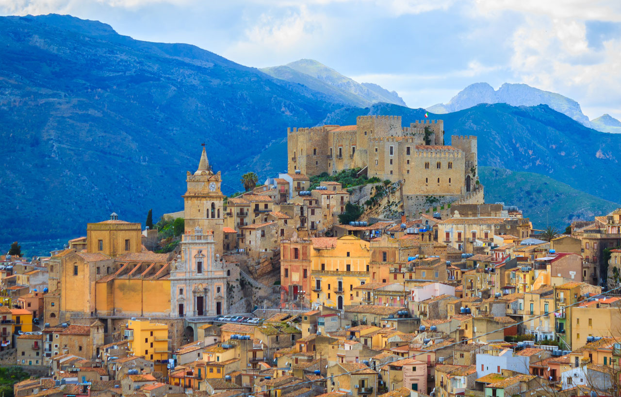 Caccamo-en-Sicilia