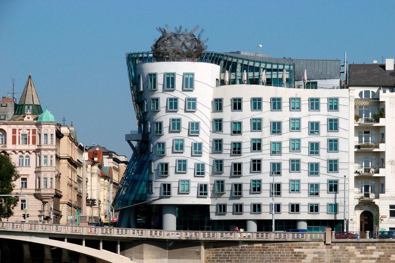 Como es la Casa Danzante de Praga