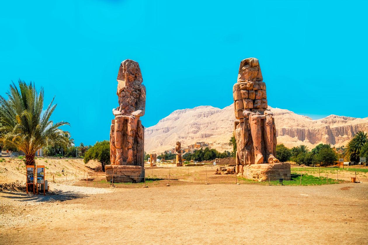 Donde estan los Colosos de Memnon