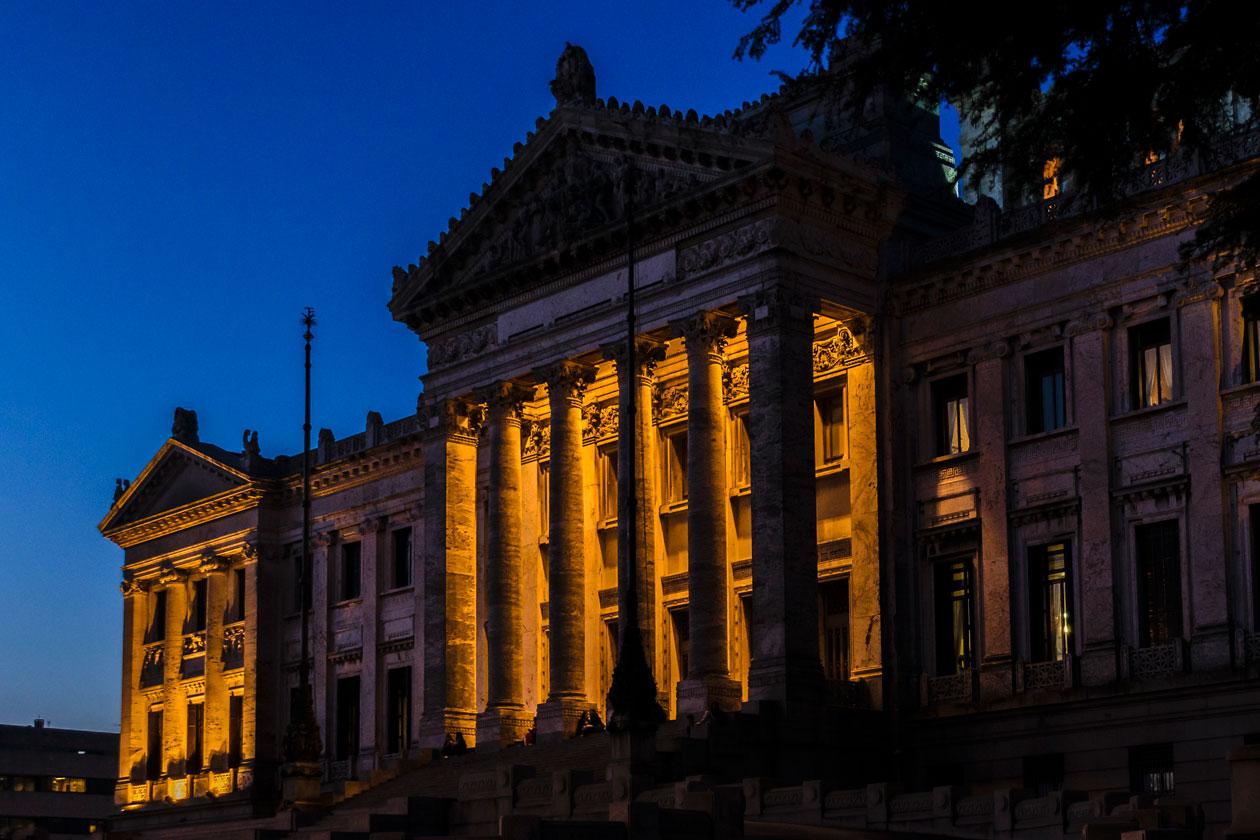 Conocer el Palacio Legislativo de Montevideo