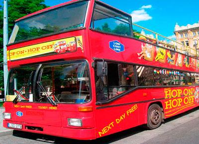 Bus turistico en Budapest