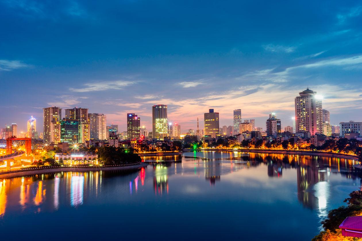 Panoramica Nocturna de Hanoi