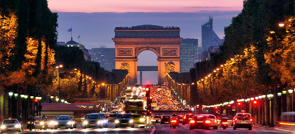 Arco Del Triunfo De Paris Recordando Batallas