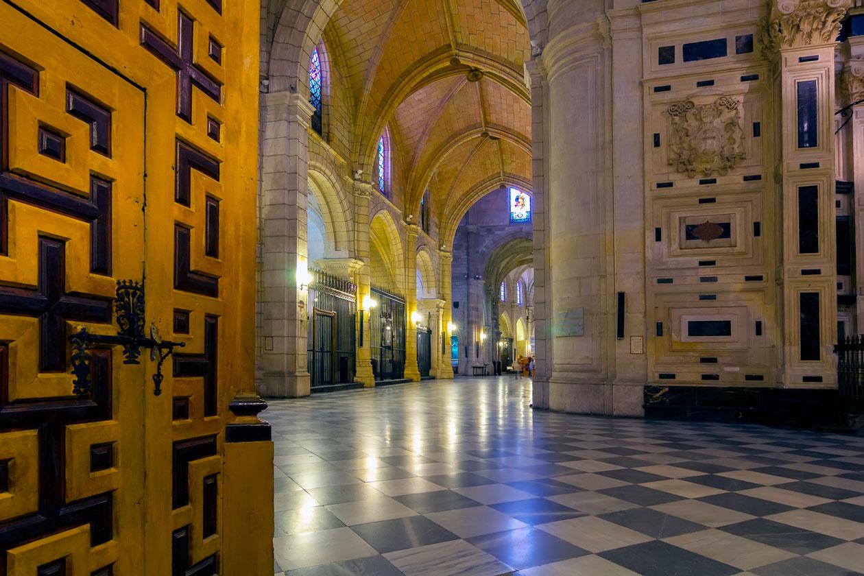 Visitar la Catedral de Santa Maria