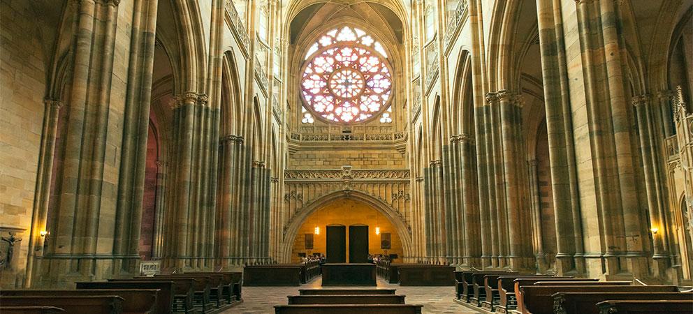 Interior de la Catedral de San Vito en Praga