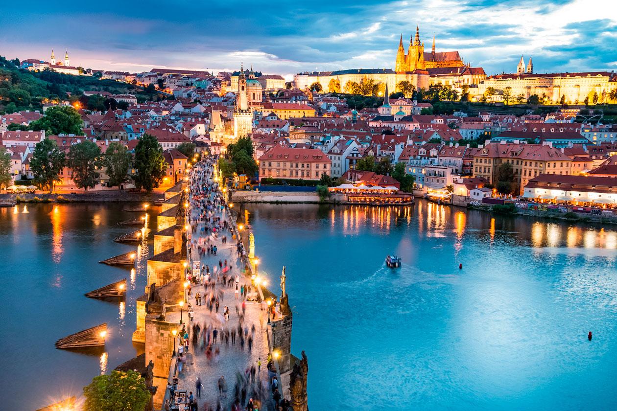 Vista aerea del Puente de Carlos de Praga